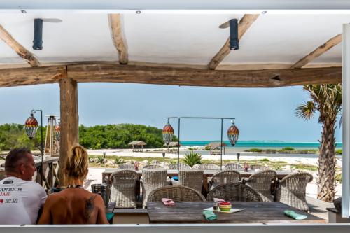 Foodies Bonaire Review